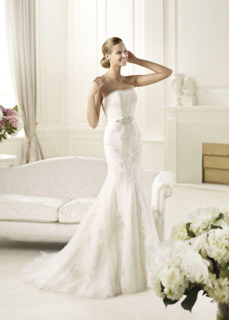 Brautkleid in Bustierform aus Spitze und T ll von Pronovias ...