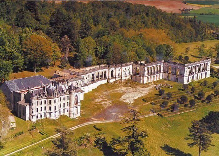 Château de la Mercerie à Magnac-Lavalette
