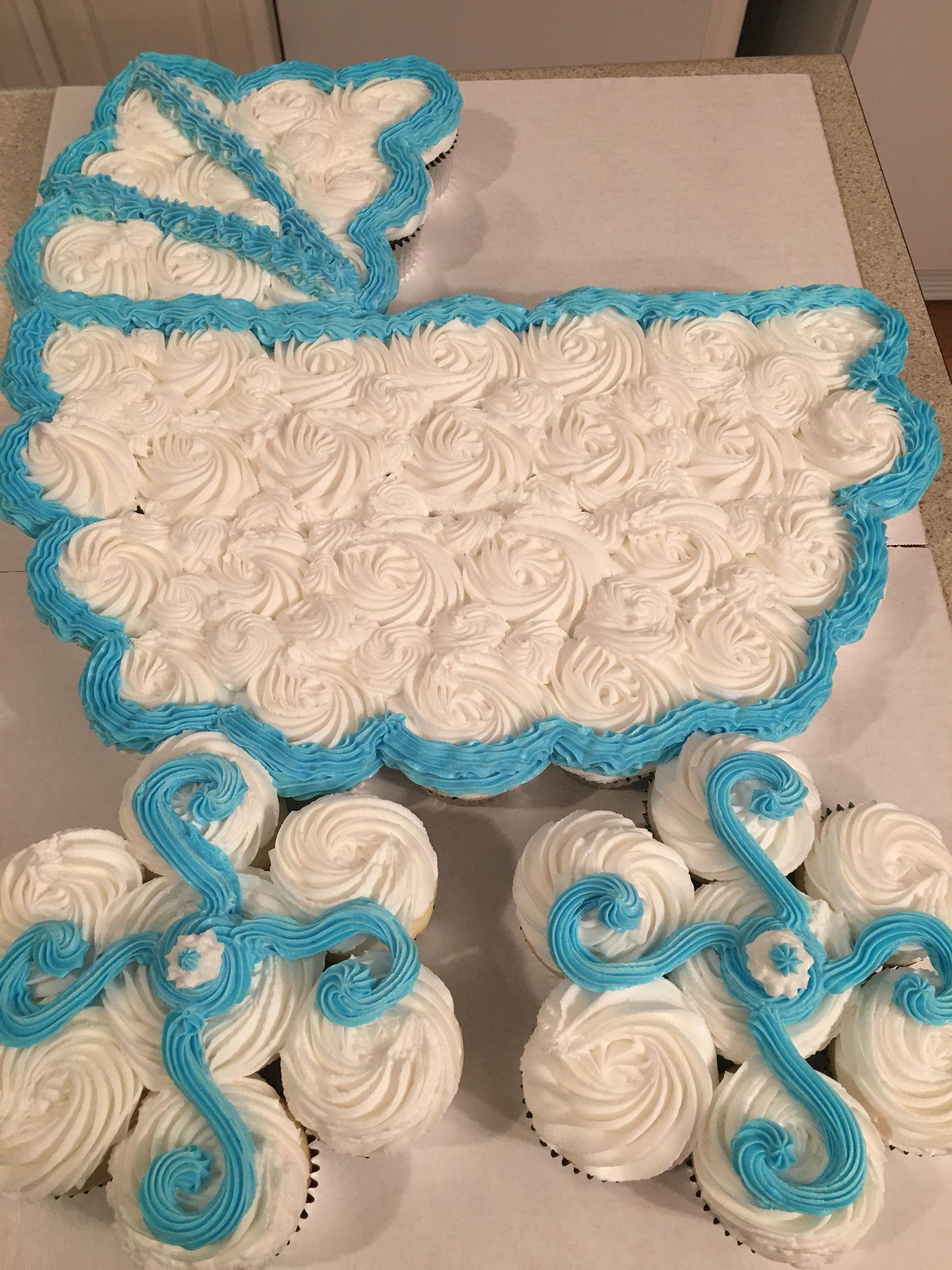 Bassinet cupcake cake baby sleeping Pinterest
