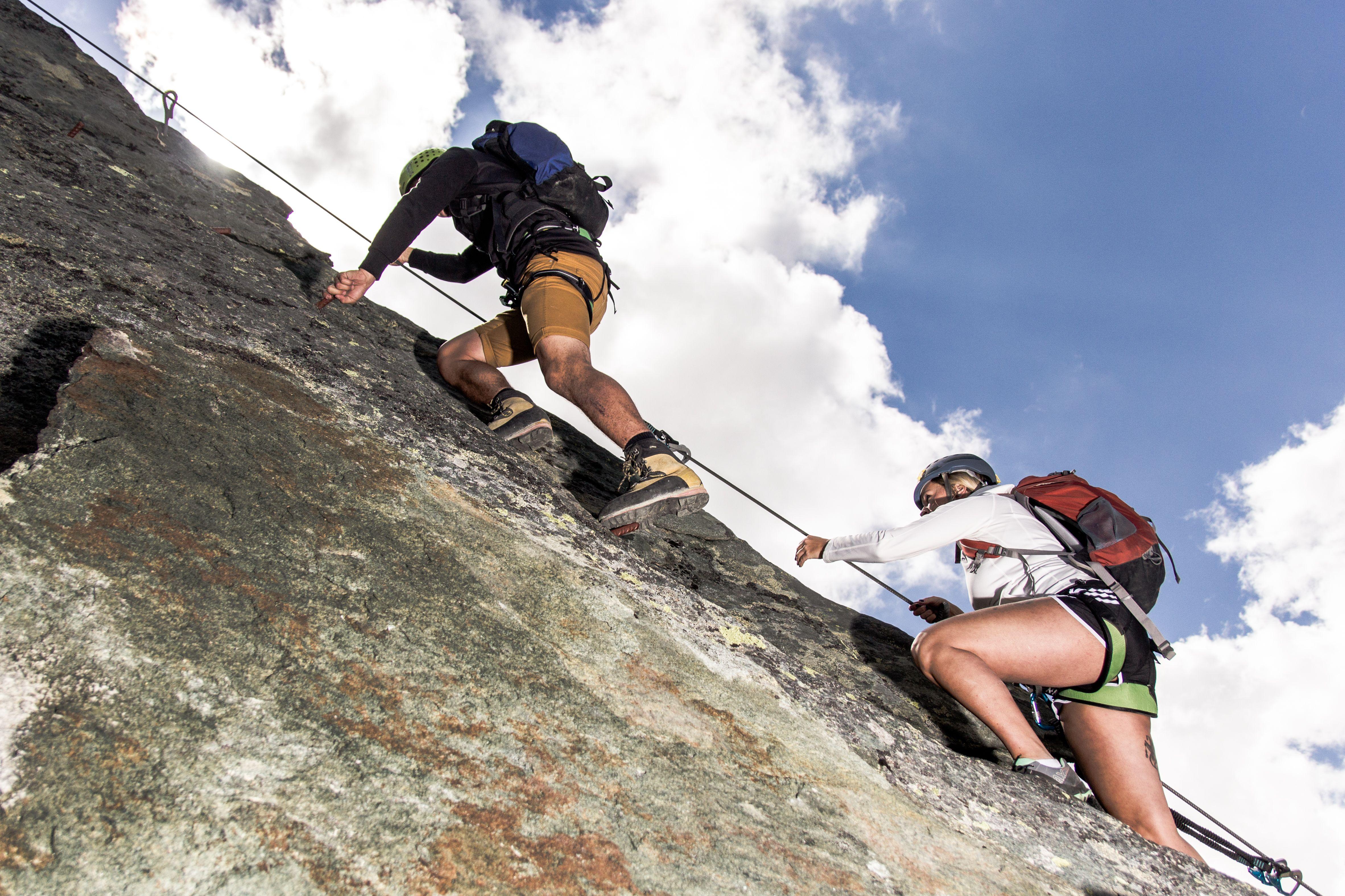 Klettersteig Jegihorn : Klettersteig am mittaghorn klettern in saas fee pinterest