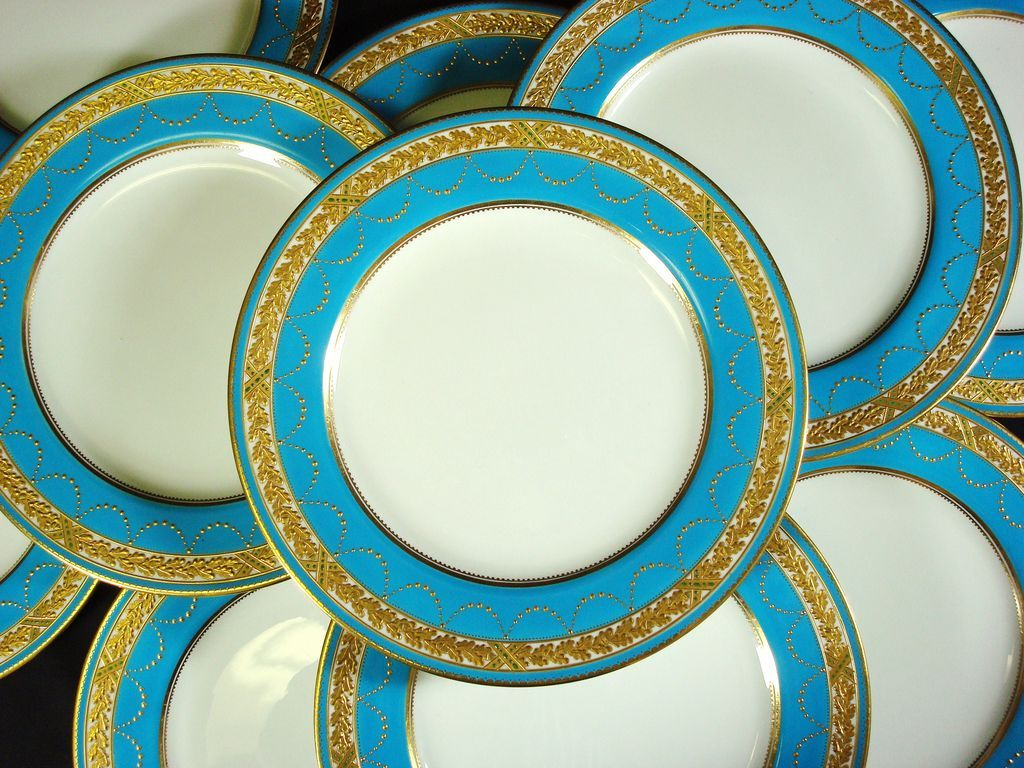 Spode Turquoise Dinner Plates Raised Gilt and Jeweled Retailed by Davis Collamore & Spode Turquoise Dinner Plates Raised Gilt and Jeweled Retailed by ...