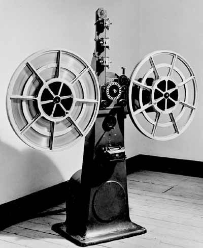 The Blattnerphone, an early tape recording    - anal0gue