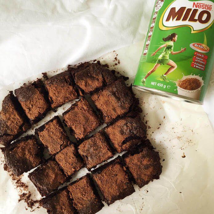 Resep Brownies Kukus Milo Keju Tanpa Mixer Lembut Nyoklat Dan Cara Membuat Brownies Coklat Milo Kukus Lengkap Tips Mengukus Br Membuat Kue Coklat Makanan Resep