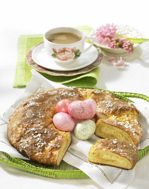 Quark-Butter-Kranz mit Marzipan Rezept Marzipan and Butter