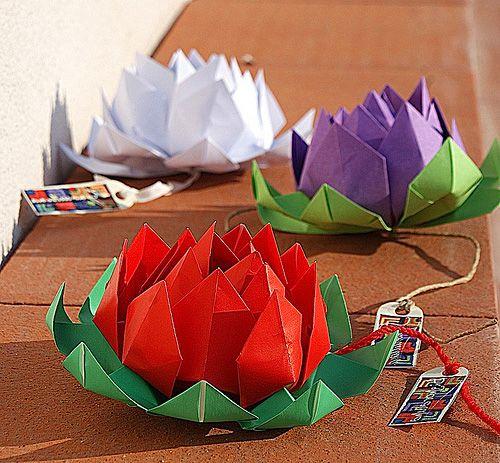 лотос оригами из бумаги   [TO