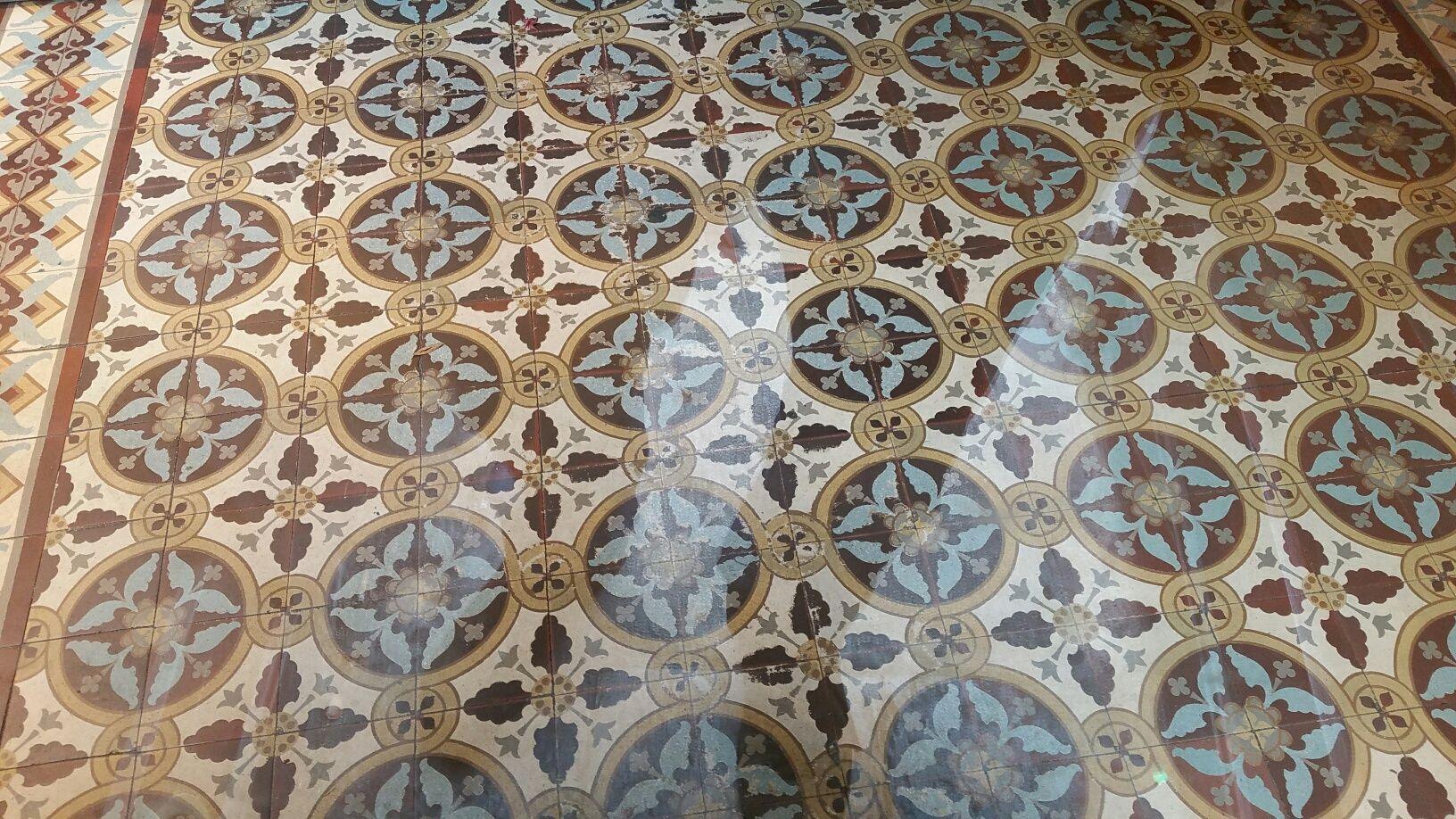 Afbeeldingsresultaat voor vinylvloer met oude vloer motief kozen