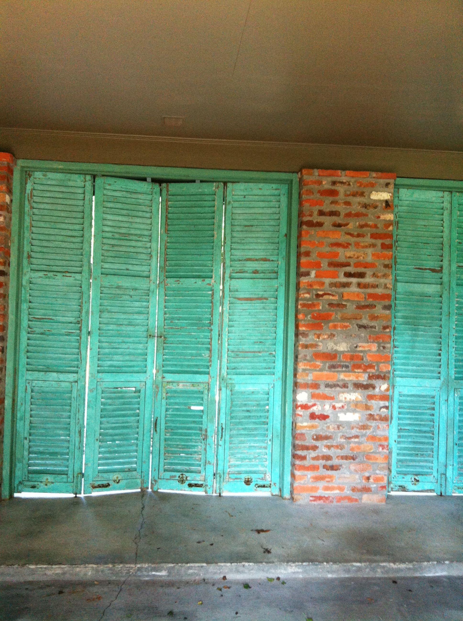 A Hays Town Architect Robicheaux House Garage Baton