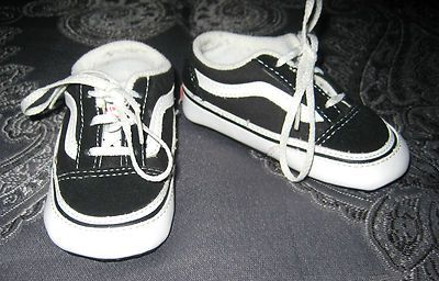 038e98753644 Size 4 6-9 Months VANS Old Skool Boys Baby Infant Black Classic Skate Shoes
