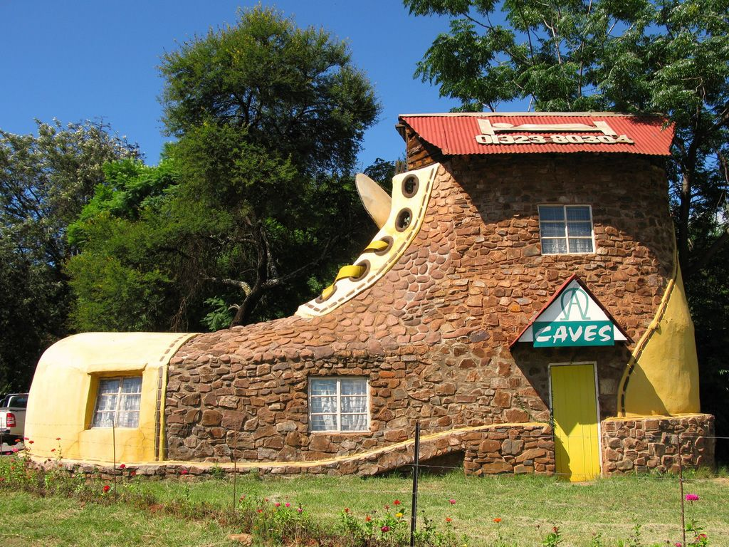 amazing+houses | Shoe House - South Africa | Extraordinary Homes ...