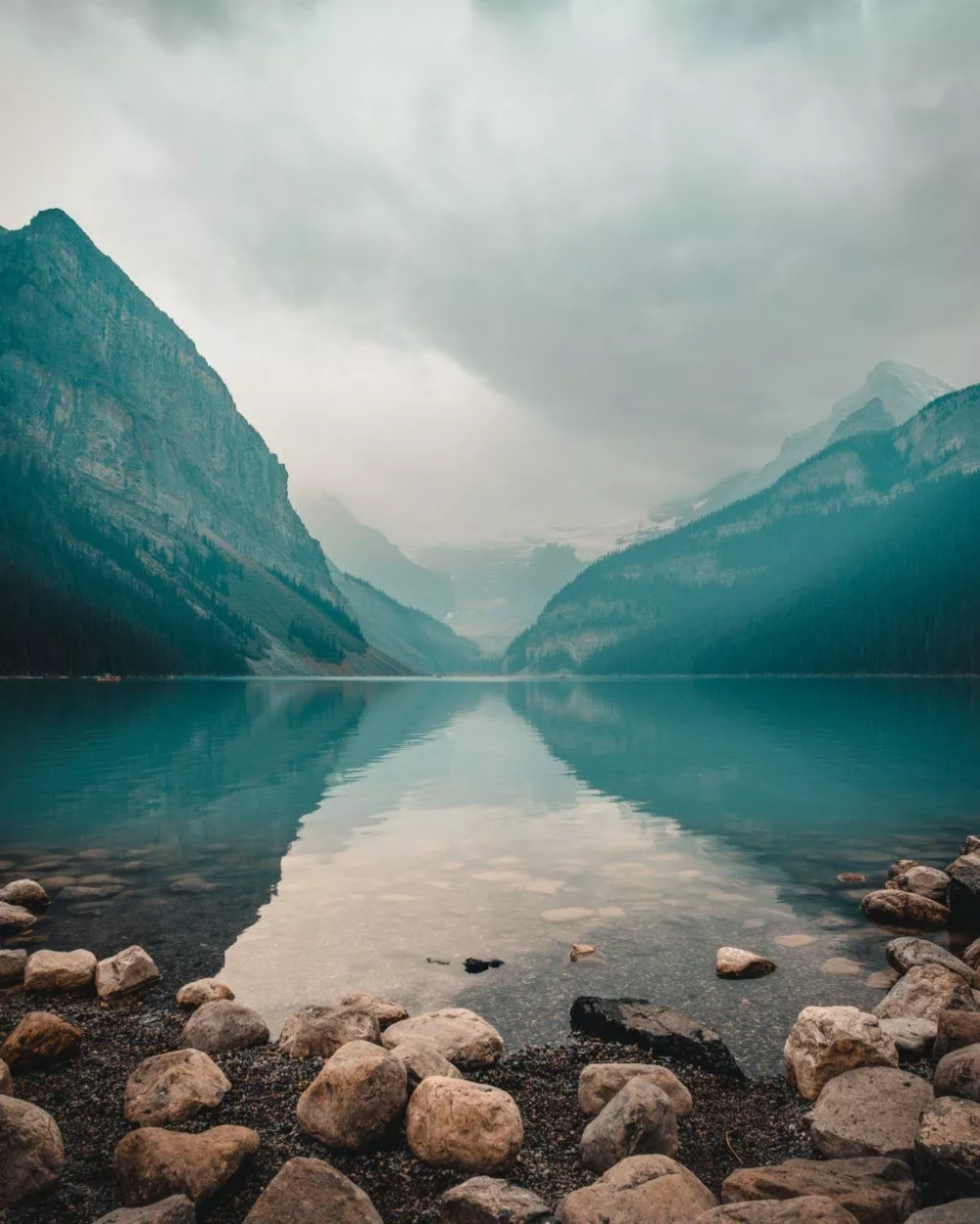 How Understanding Atmospheric Perspective Can Make Your Landscape Photos Rock With Images Landscape Photos Best Landscape Photographers Take Better Photos
