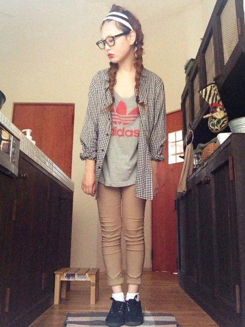 よち Sandie Anapのヘアバンドを使ったコーディネート ファッション ファッションコーディネート チェック シャツ レディース