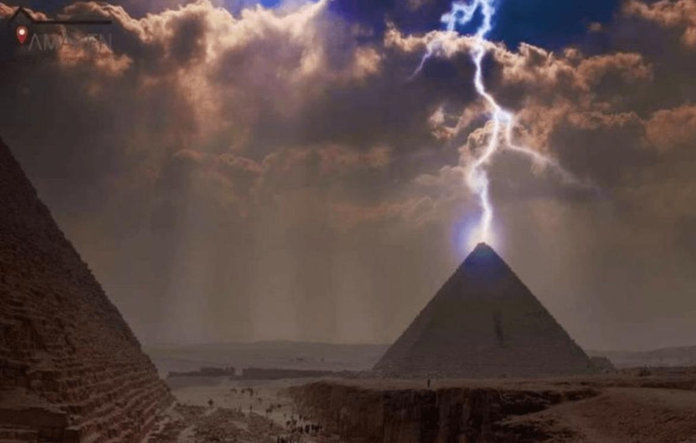 شاهد عاصفة التنين تغرق شوارع القاهرة بالفوضى والمياه تقتحم المنازل وتغلق مدارس وجامعات الأردن شبكة وكالة نيوز Great Pyramid Of Giza Pyramids Pyramids Of Giza