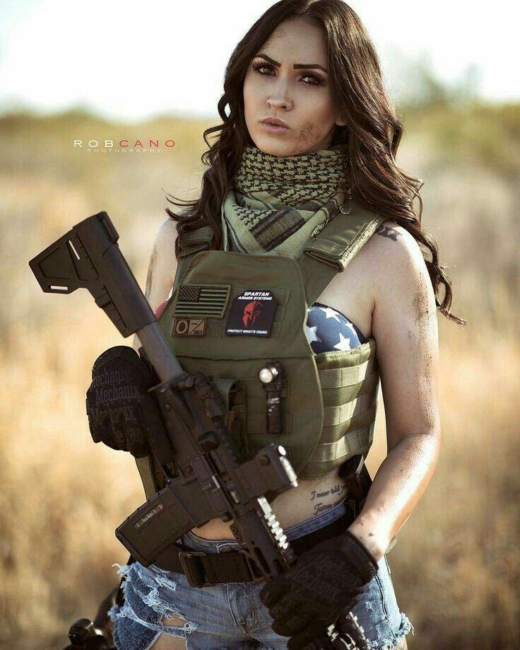 Girls with Guns | GIRLS N GUNS 11 | Pinterest | Guns ...