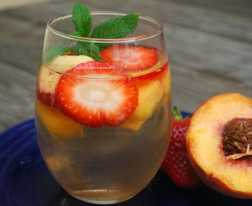 1000+ ideas about Peach Sangria on Pinterest