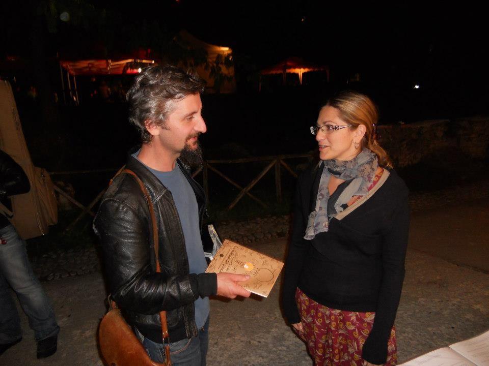 """Avvistamento. Silvia Lombardo con """"la ballata dei precari"""" alla fiera del libro di Farfa (Liberi sulla carta 2012, 21 - 23 settembre 2012)."""