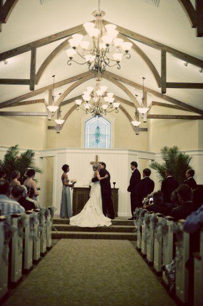 Hawk hollow chapel in bath mi michigan wedding venues hawk hollow chapel in bath mi junglespirit Images
