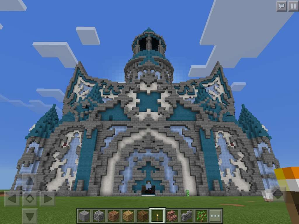 Beautifully detailed Ice Castle Map for Minecraft Pocket Edition ...