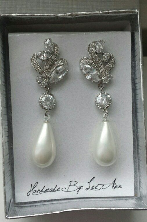 I'll be wearing these pearl earrings with swarovski cristals for my wedding