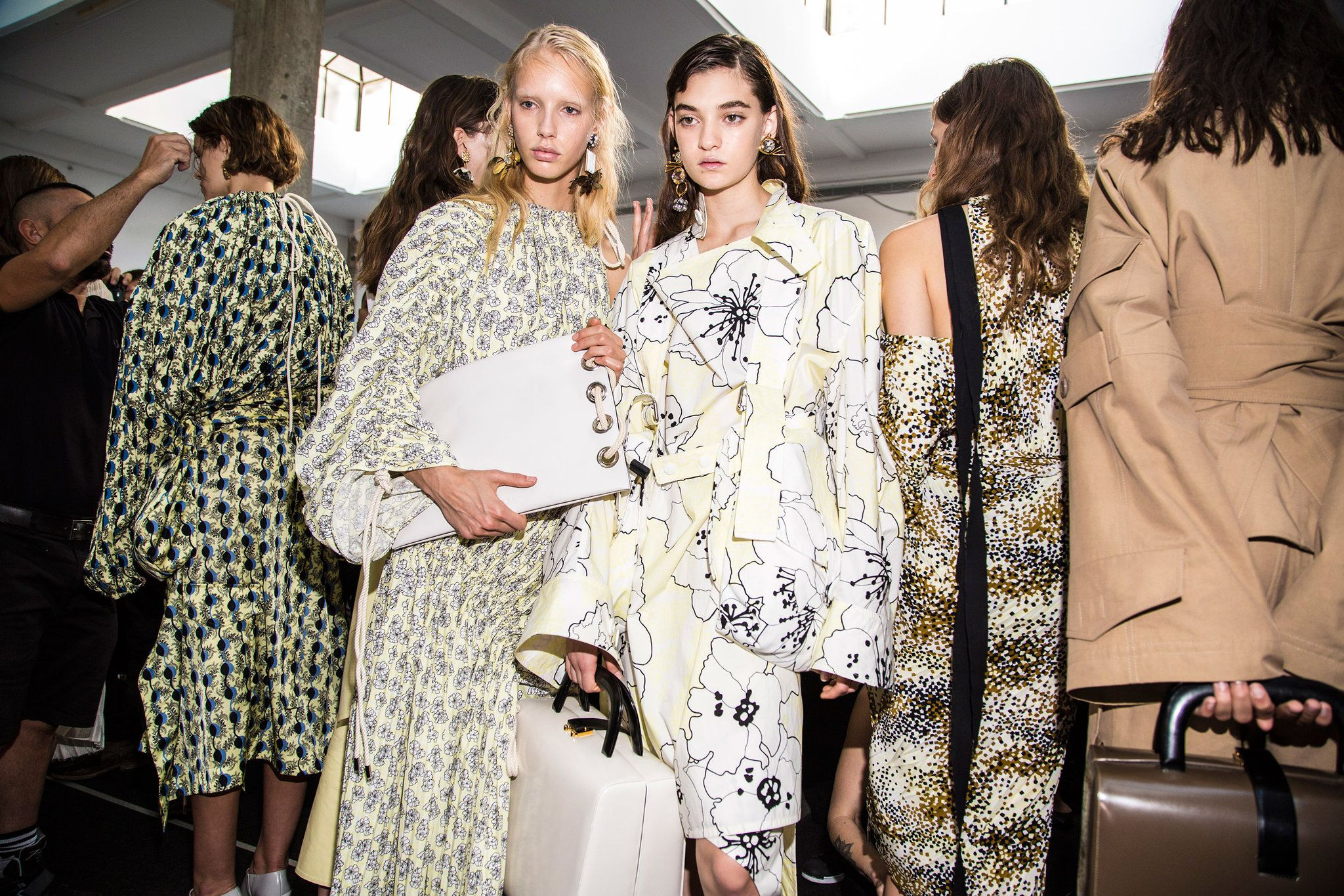 Scenes from the spring/summer 2017 collections that were presented in Milan on Sunday.