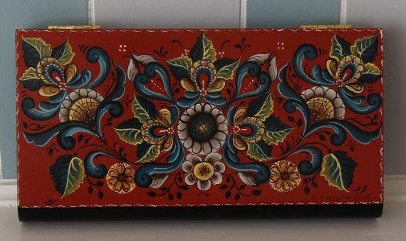 Hand painted wooden box ,Hallingdal Rosemaling Style