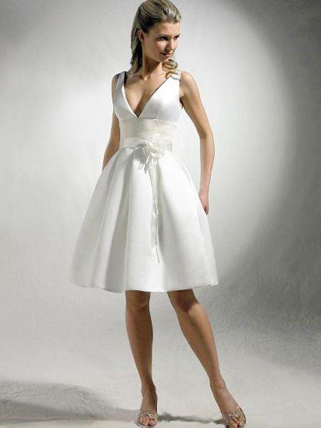 Informal airy beach short wedding dresses