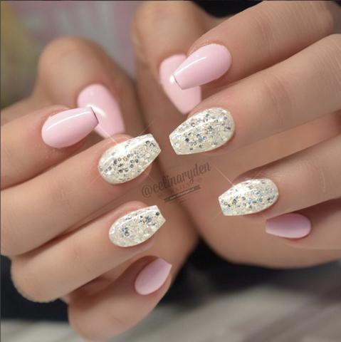 Big Diamond Glitter Gel Pastel Pink Uv Gel Paint Light Elegance Special Nails Trendy Nails Cute Nails