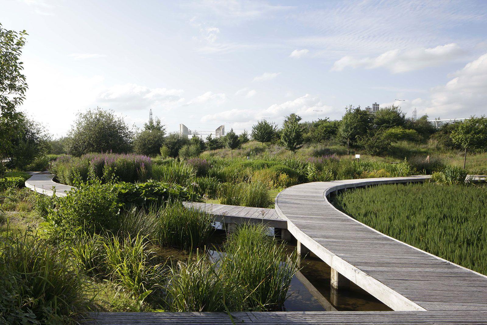 Mutabilis paysage et guillaume geoffroy dechaume parc du for Architecture du paysage