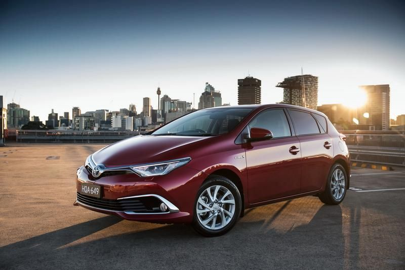 2016 Toyota Corolla Hybrid Review Scion iM Forum (With