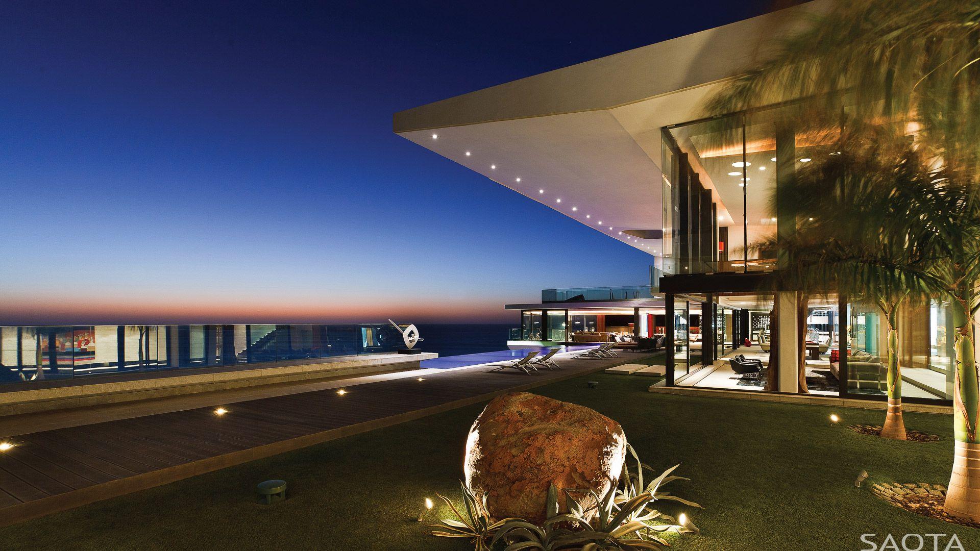 Cliff House Situated Dakar Steep Overlooking The Atlantic Ocean Dramatic