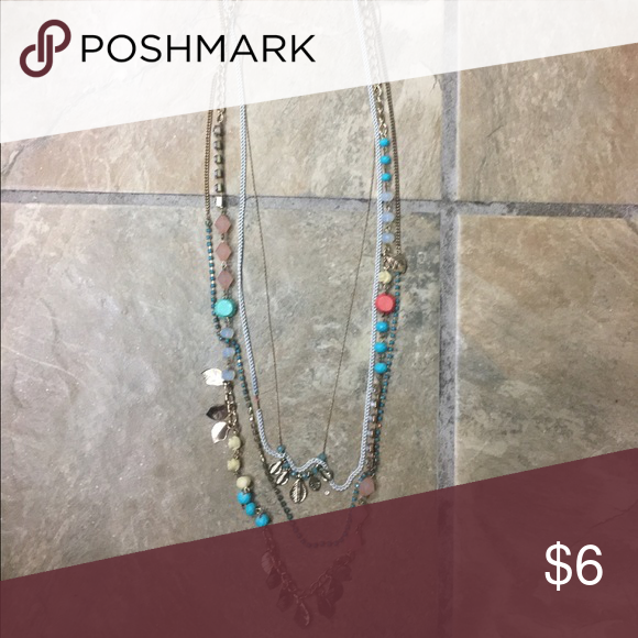 🔻 Layered necklace (Coral, teal, cream, gold) 🔻 Layered necklace (Coral, teal, cream, gold) BKE Jewelry Necklaces