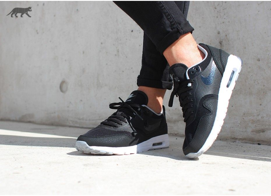 JUST LIFE STYLE™®: NIKE WMNS AIR MAX 1 ULTRA ESSENTIALS (BLACK /