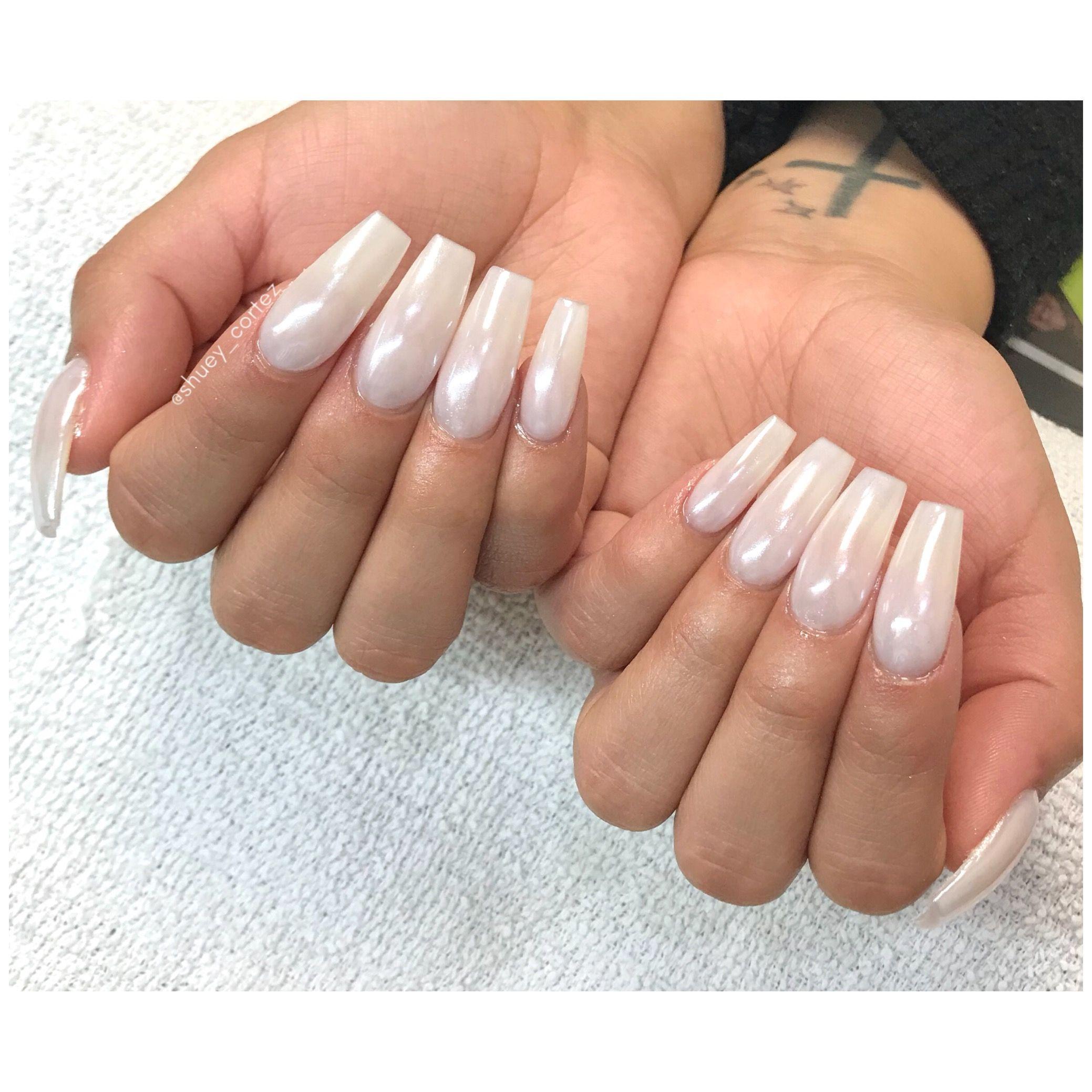 whitechrome #coffinnails #longnails #winternails #christmasnails ...