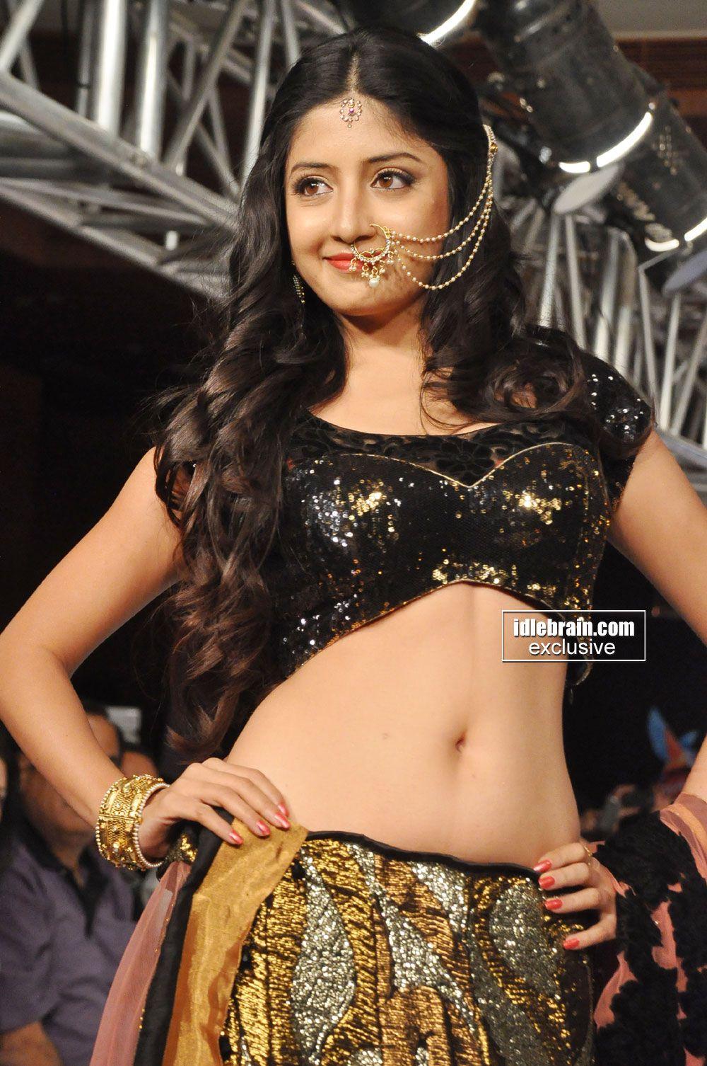 Poonam Kaur Photo Gallery Telugu Cinema Actress Poonam Kaur