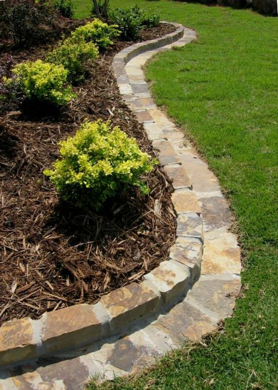 Bermuda Lawn Growing Into Your Flower Beds Removal Tips Chemical Spray Roundup And Use A Piece Of Card Garden Edging Pathway Landscaping Lawn And Garden