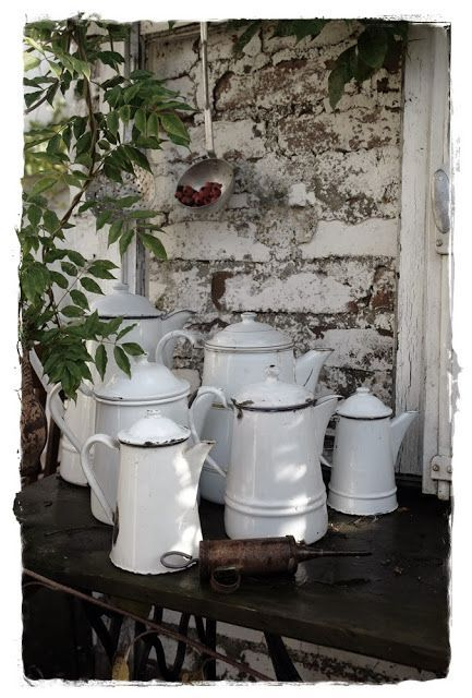 WHITE PORCELAIN COFFEE POTS Shabby chic, Regal, Möbel, Küche - vintage möbel küche