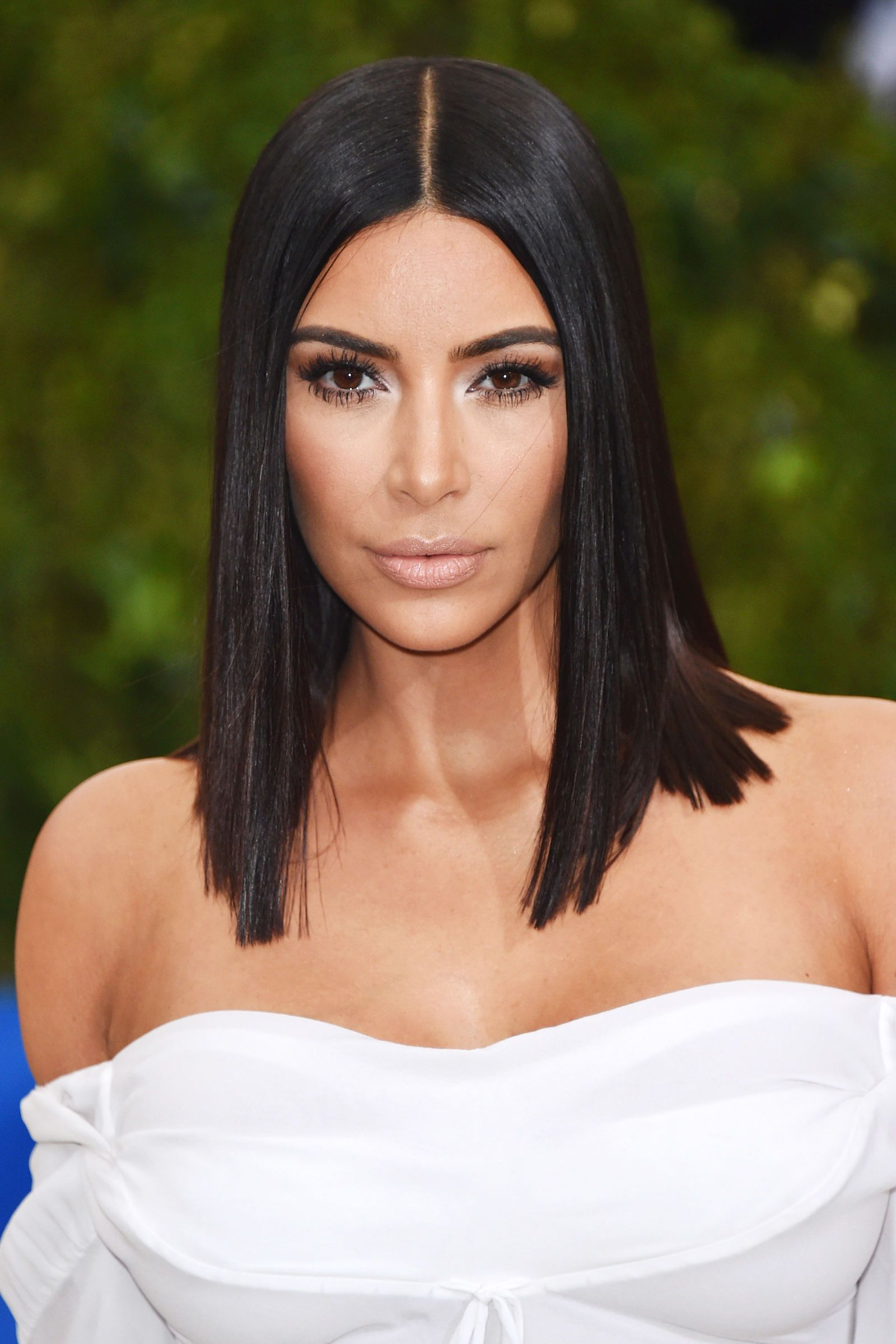 Everyone You Know Now Has A Bob Haircut Sleek Hairstyles Hair Beauty Kardashian Hair