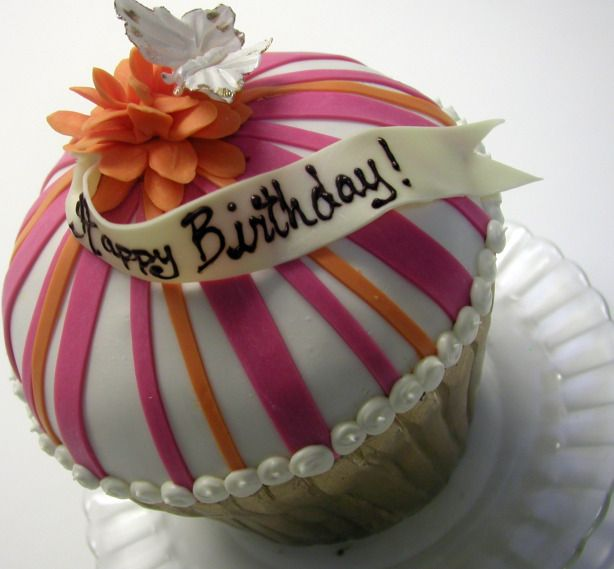 Pictures Of Birthday Cakes For Women