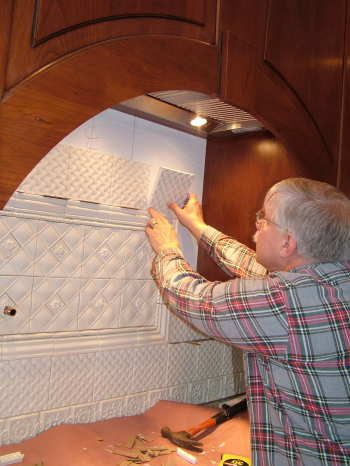 Delightful Installing A Ceramic Kitchen Backsplash   The Kitchen Is The Heart Of The  Home, And