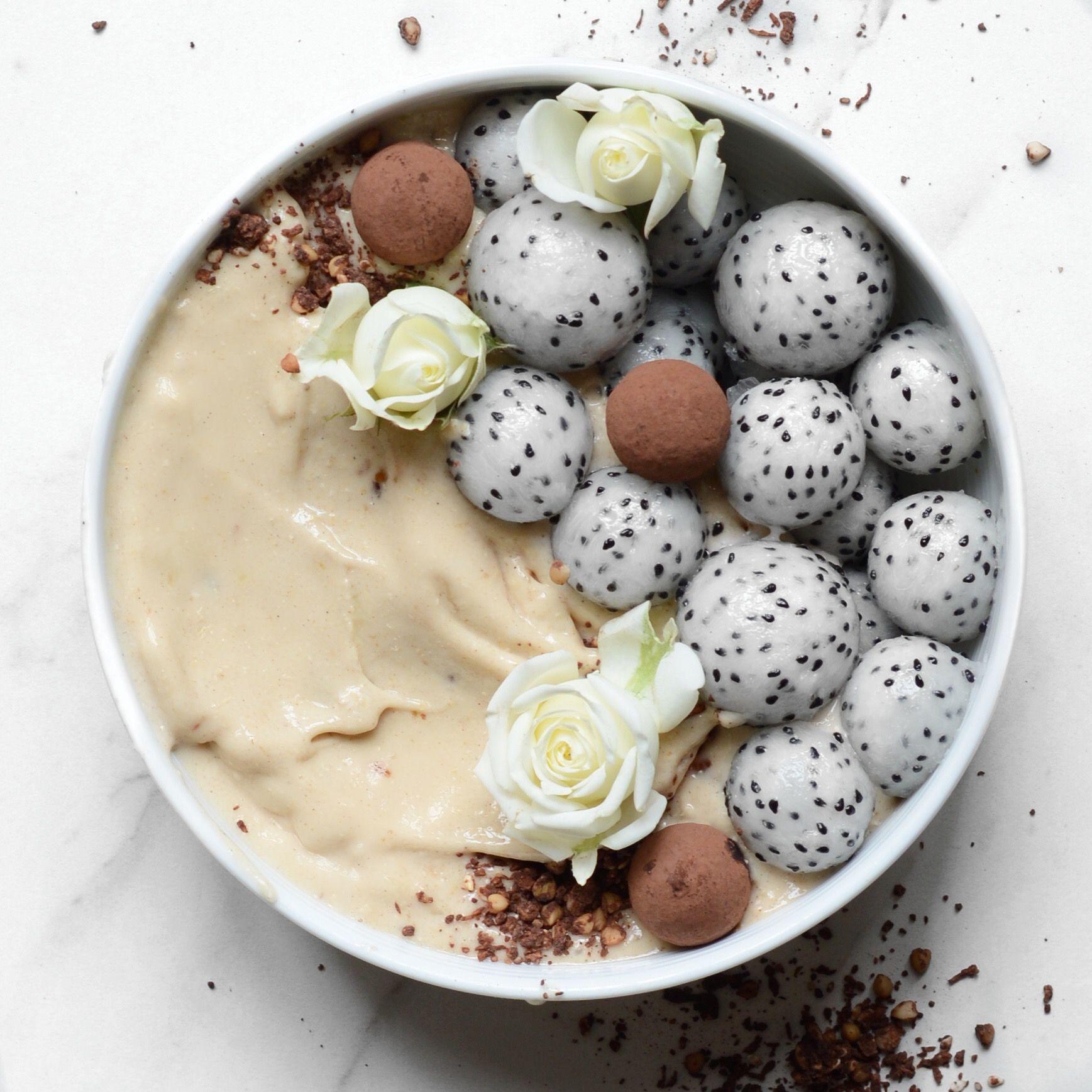 Vanilla and Cinnamon Smoothie Bowl – Alpha Foodie