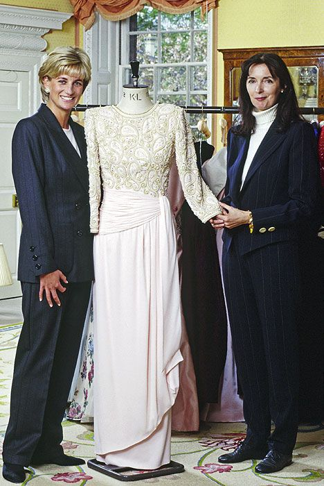 Diana de Gales y su 'estilo Catherine Walker', en imágenes