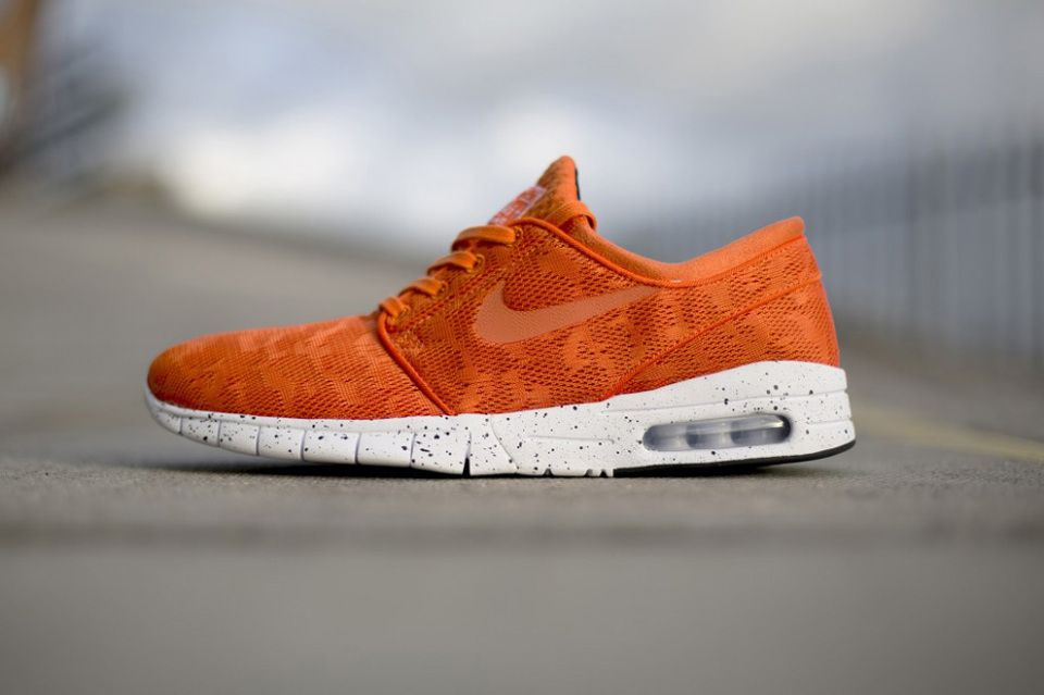 wholesale dealer e253c 3fcdb Nike Stefan Janoski Max Orange 1