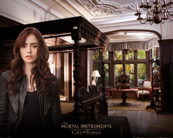 A Look Into The Mortal Instruments City Of Bones Institute Themortalinstrumentsmovie Com Clary Fray Played City Of Bones The Mortal Instruments Clary Fray