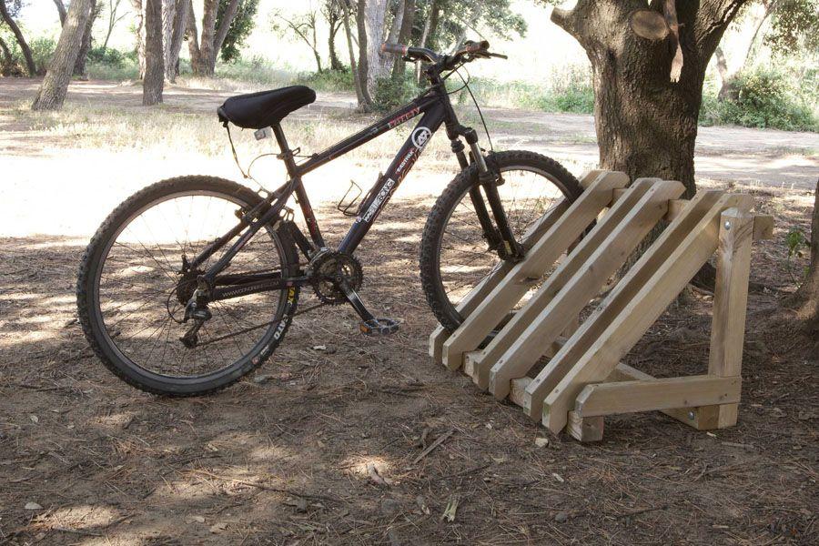 Aparca bicicletas : Soportes para bicicletas Pica | Mobiliario ...