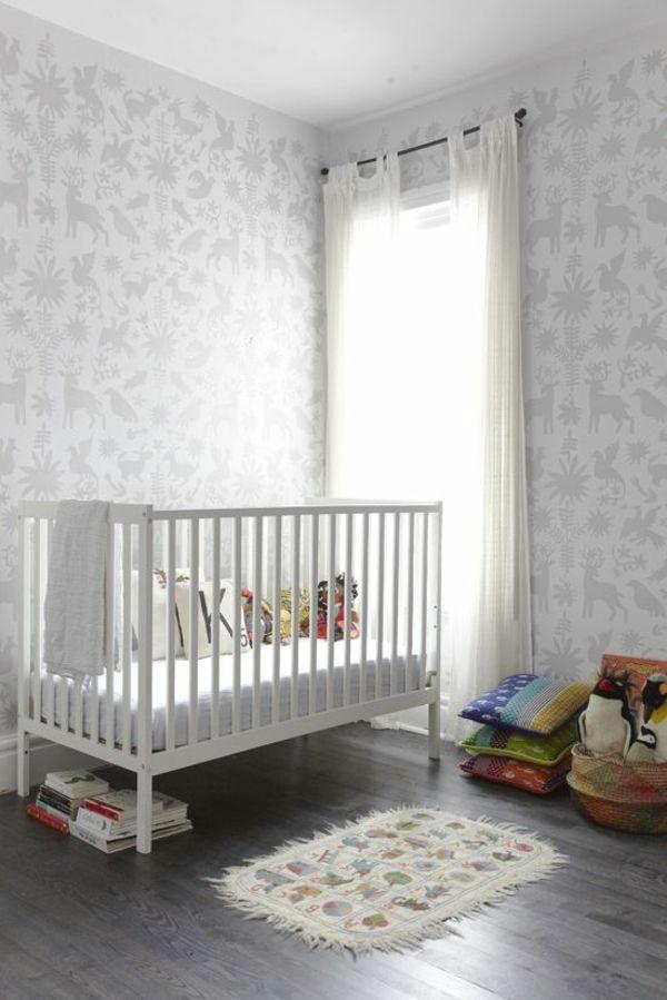 Babyzimmer Grau Tiermuster Wand Gestalten Beispiele Teppich Matte