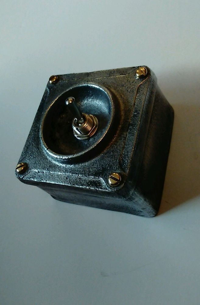 NEW Cast Metal Vintage Industrial 1 Gang Light Switch - BS EN ...