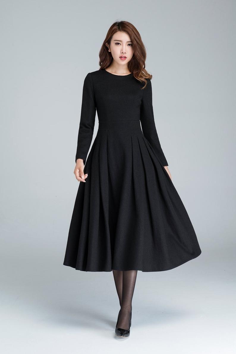 Langes schwarzes Kleid, Wollkleid, Winterkleid, lange Frauen