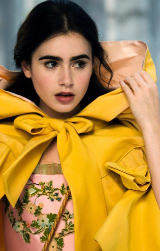 Log In Lily Collins Lilly Collins Beauty
