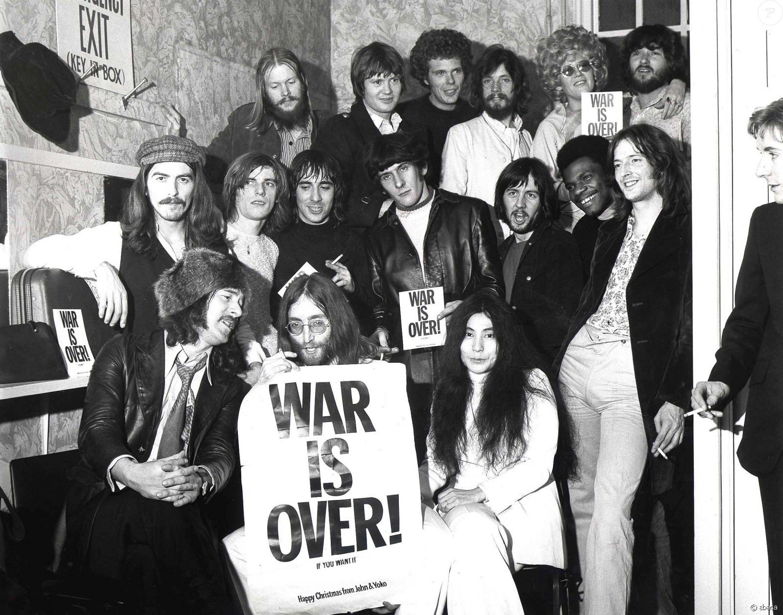 The War Is Over Campaign Was Launched On 15 December 1969 At The Peace For Christmas Concert A Benefit For Unicef John Lennon The Beatles John Lennon Beatles