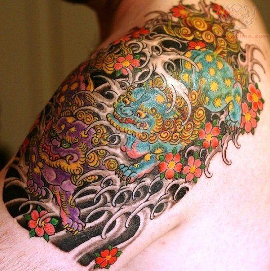 foo dog color ink tattoo on shoulder tats pinterest foo dog tattoo and foo dog tattoo. Black Bedroom Furniture Sets. Home Design Ideas