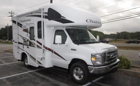 19g Motorhome Thor Industries Chateau 19g Class C East